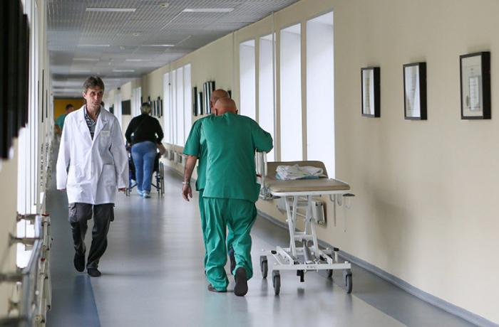 Ölümcül koronavirus qonşu ölkəyə də gəlib çatdı