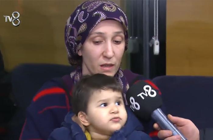 Dəhşətli zəlzələdən sağ çıxan azərbaycanlı ailə hamını ağlatdı - VİDEO