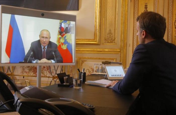 Putin və Makron Dağlıq Qarabağdakı son vəziyyəti müzakirə ediblər