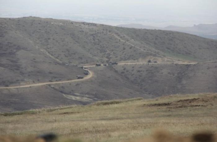 Azərbaycan Ağdərə istiqamətində düşmənin müdafiə xəttini darmadağın etdi - FOTOLAR
