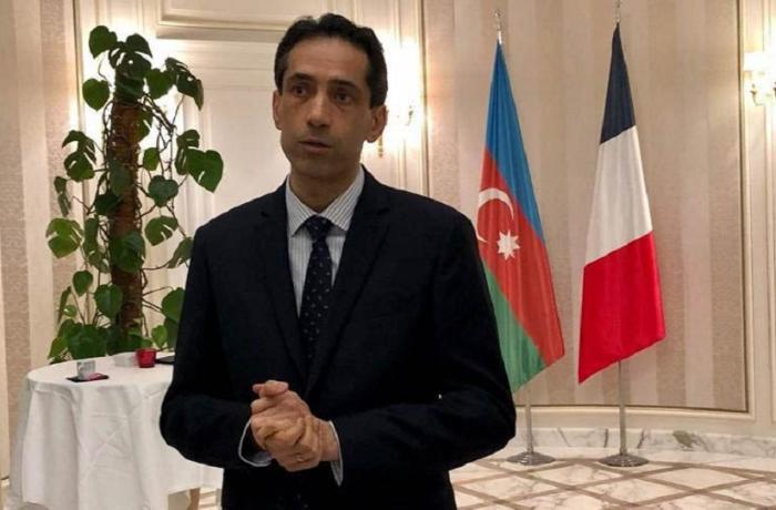 Azərbaycan Fransadakı səfiri Makrona cavab verdi