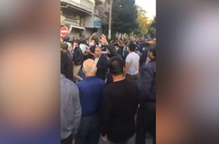 """Təbrizdə Azərbaycan ordusuna dəstək aksiyası: """"Biz ölməyə hazırıq"""" - VİDEO"""