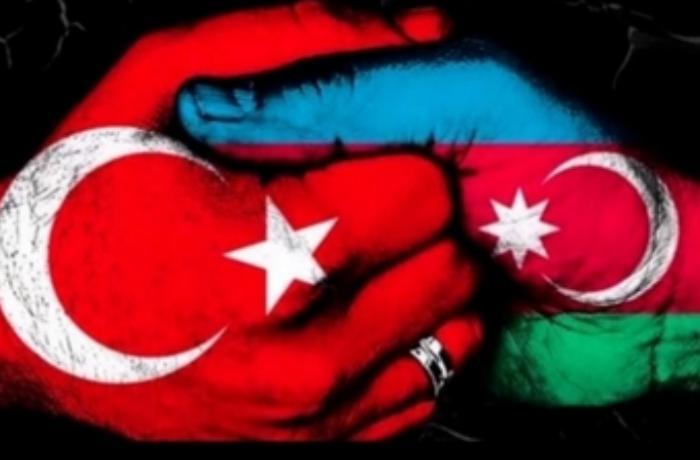 Türk məşhurlardan Azərbaycana dəstək