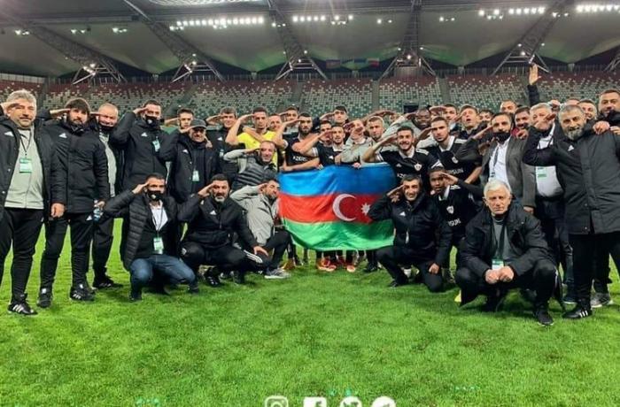 """""""Qarabağ""""dan Polşada əsgər salamı - FOTO"""