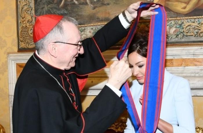Mehriban Əliyeva Vatikanda Papa Cəngavər Ordeninin ən ali dərəcəsinə layiq görüldü - FOTO