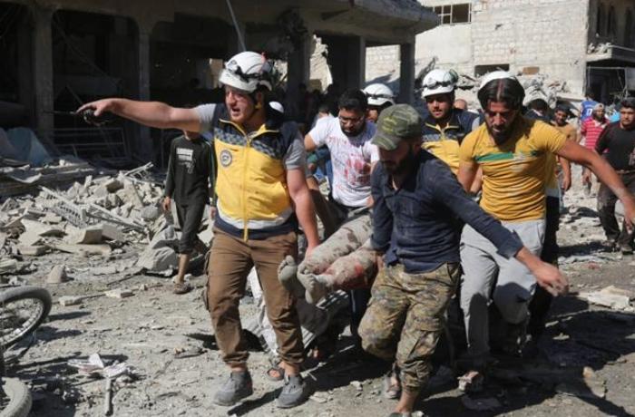 Rusiya qırıcıları İdlibi vurdu