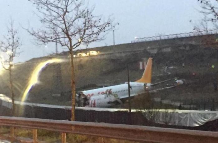 Three killed as plane splits in three in Turkey's Sabiha airport