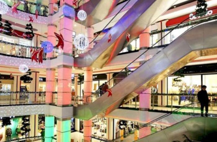 """İri ticarət mərkəzləri və """"Mall""""ların fəaliyyəti ilə bağlı QƏRAR VERİLDİ"""