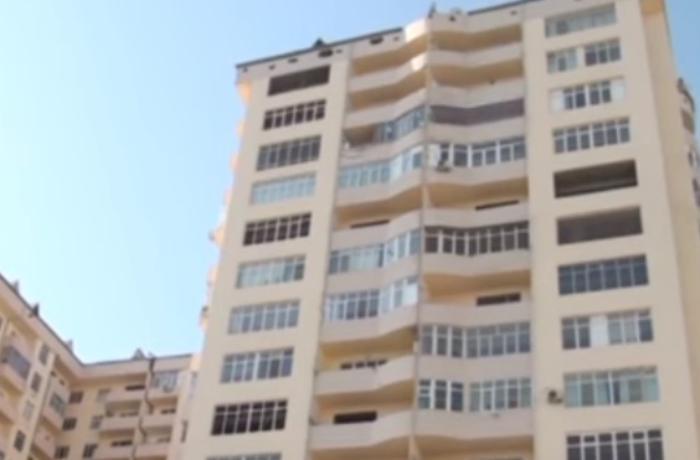 Bakıda binaya qanunsuz qaz verilib - VİDEO