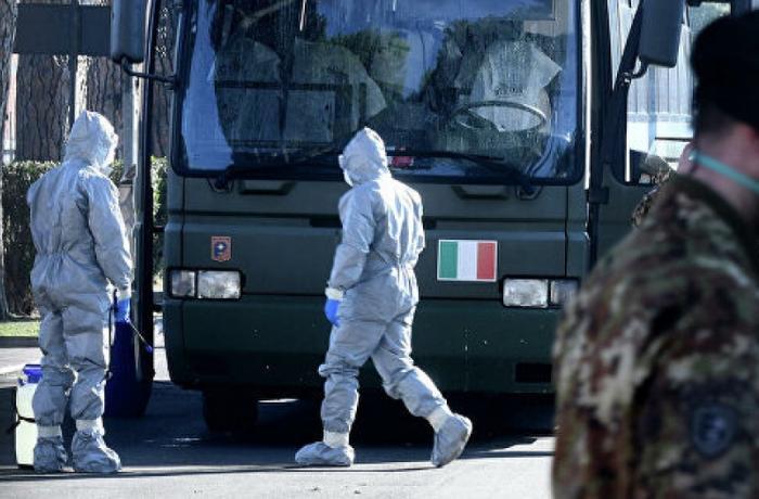 İtaliya futbolunun canlı əfsanəsi koronavirusa yoluxdu - FOTO