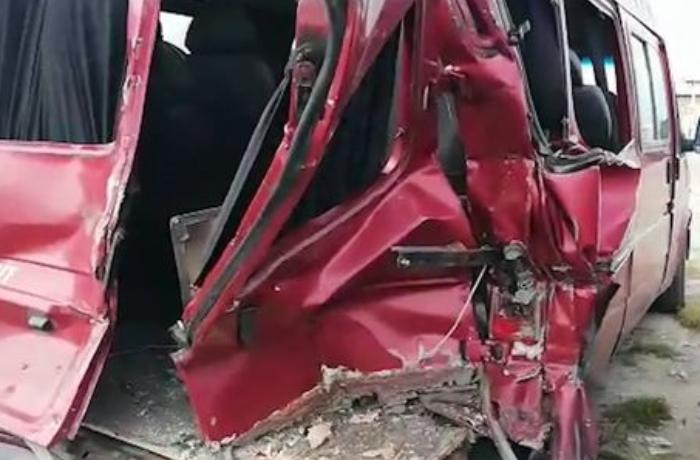 Sumqayıtda ağır qəza: Altı nəfər yaralandı - VİDEO
