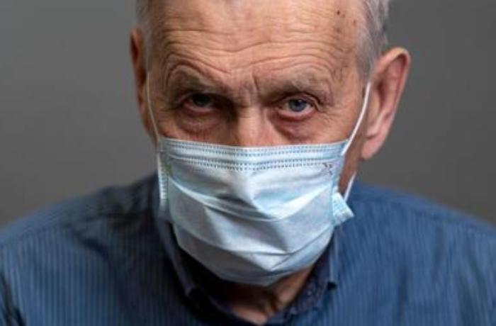 50 yaşdan yuxarı kişilərdə niyə koronavirus riski daha yüksəkdir?