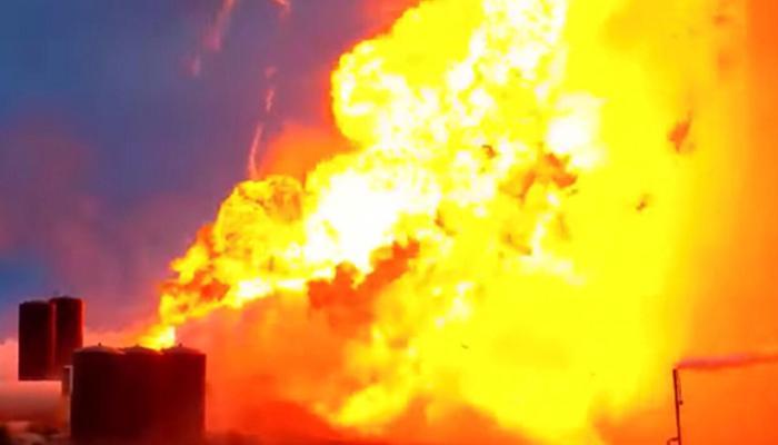 İnsanlı fırlatma öncesi şok! SpaceX roketi böyle patladı - VİDEO