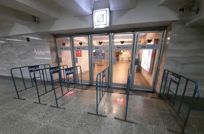Bakı metrosunda problem yarandı - Saat 8-dən açıldı