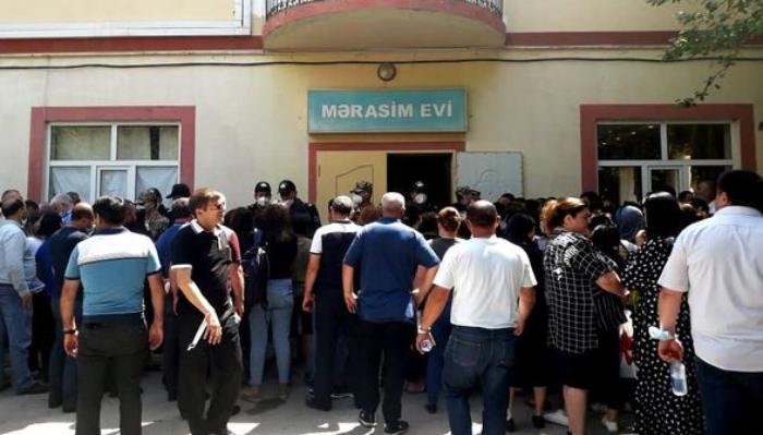 Bakıda ev növbəsi gözləyən məcburi köçkünlər karantin qaydalarını pozub? -  ...