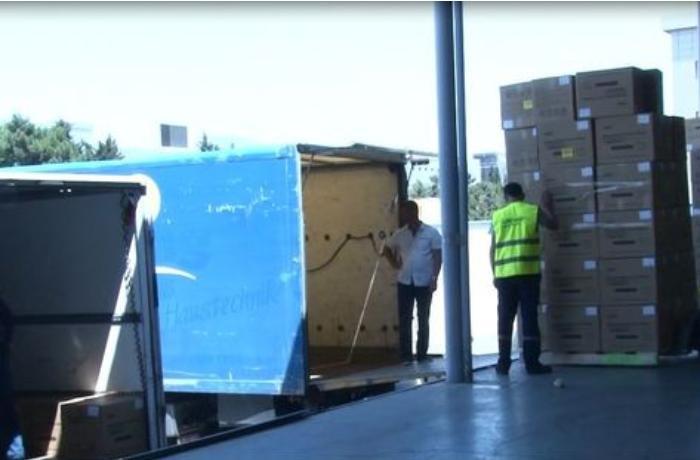 Abdulla Şatila Sumqayıta 1 milyon tibbi maska göndərdi - FOTOLAR