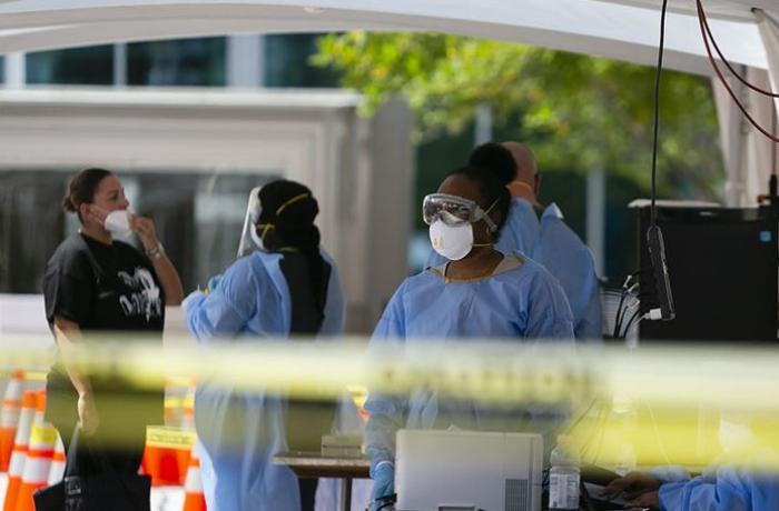 Dünya genelinde Kovid-19 tespit edilen kişi sayısı 9 milyon 910 bini geçti