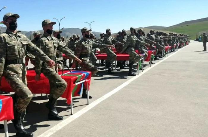 Azərbaycan ordusunda andiçmə oldu