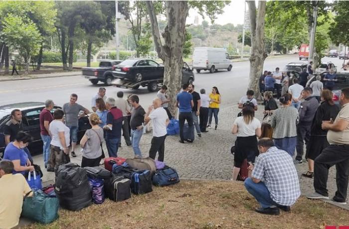 Təxliyə edilən Azərbaycan vətəndaşları Tbilisidən yola salınıb - YENİLƏNİB