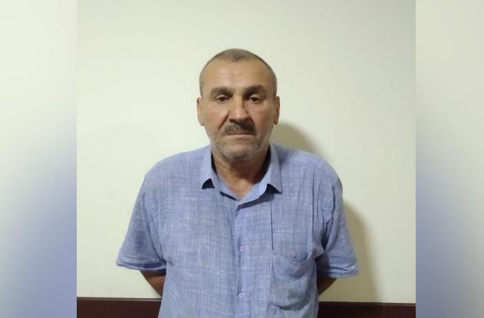 Polis vətəndaşlardan hədə-qorxu ilə pul tələb edən şəxsi tutdu - VİDEO