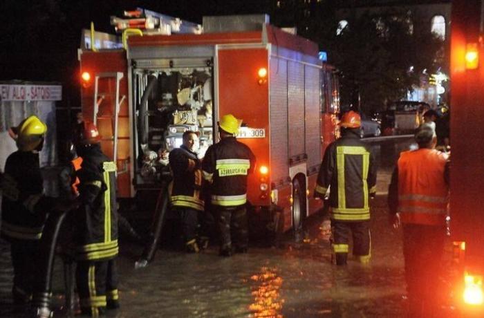 Şamaxı və Qobustanda güclü yağış səbəbilə evləri su basıb