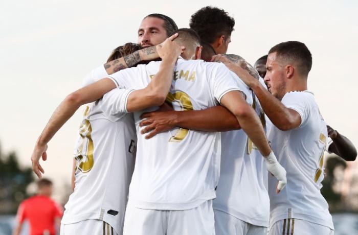 """""""Real Madrid"""" sona bir tur qalmış 34-cü dəfə İspaniya çempionu olub"""