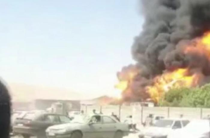 İranda yanacaq tankerlərində partlayış olub - VİDEO