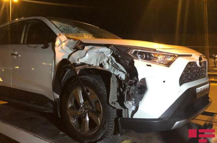 Bakıda avtomobil piyadanı vuraraq öldürüb - FOTO