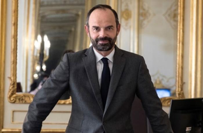 Fransanın baş naziri istefa verdi