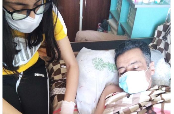 Koronavirusa yoluxmuş alim xəstəxanaya yerləşdirilmir, heç bir tibbi yardım da almır - ŞİKAYƏT