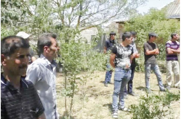 Hərbi xidmətdən qayıdan oğlu üçün məclis təşkil edən ata cərimələndi - FOTOLAR