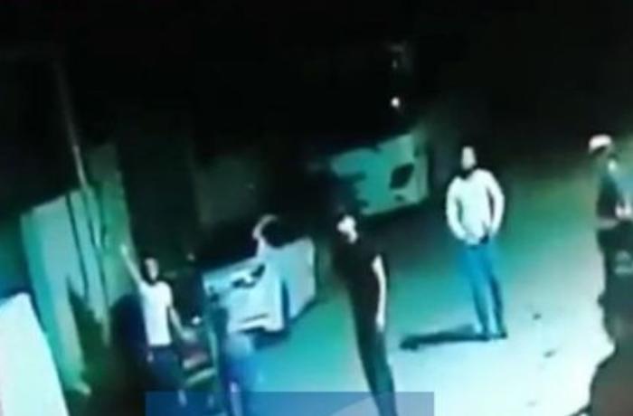 Bakıda kriminal avtoritetin öldürülmə anının görüntüləri yayılıb - VİDEO
