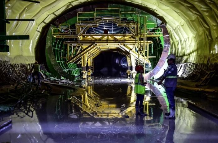 Türkiyədə ilk maşinistsiz sürət metrosunun inşası tamamlanır - VİDEO