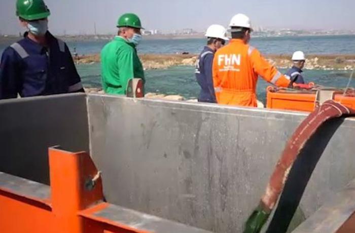 FHN Böyük Şor gölündə təmizləmə işlərinə başlayıb - VİDEO
