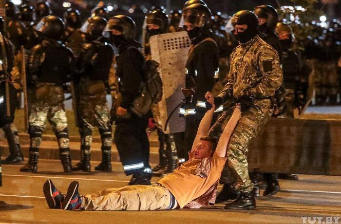 Belarus Parlamenti etirazlarla bağlı bəyanat yaydı