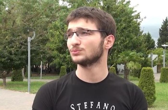 18 yaşlı gənc Tibb Universitetindən imtina edib, arzularının dalınca getdi - VİDEO