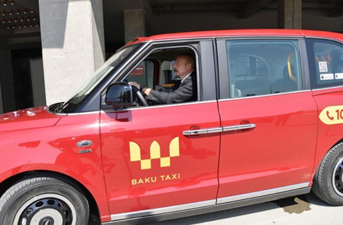 Prezident İlham Əliyev taksi sürdü - VİDEO/FOTO