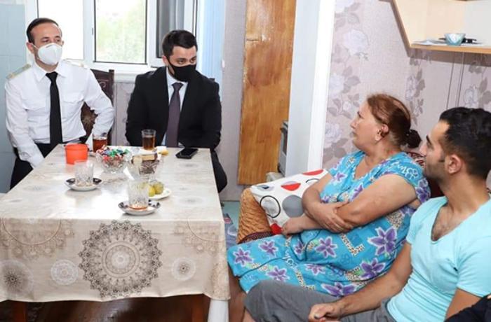 İcra başçısı Tovuz döyüşlərində yaralanan zabitlə görüşdü - FOTO