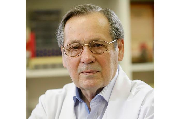 Rusiyalı professor yeni hazırlanan koronavirus peyvəndinə görə nazirlikdən istefa verdi
