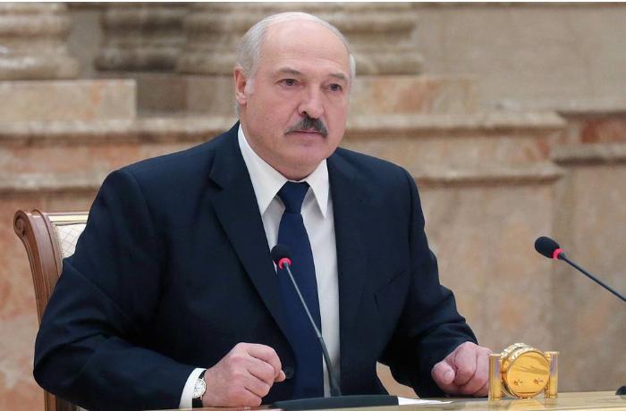 Belarusian president denies rumors he is abroad