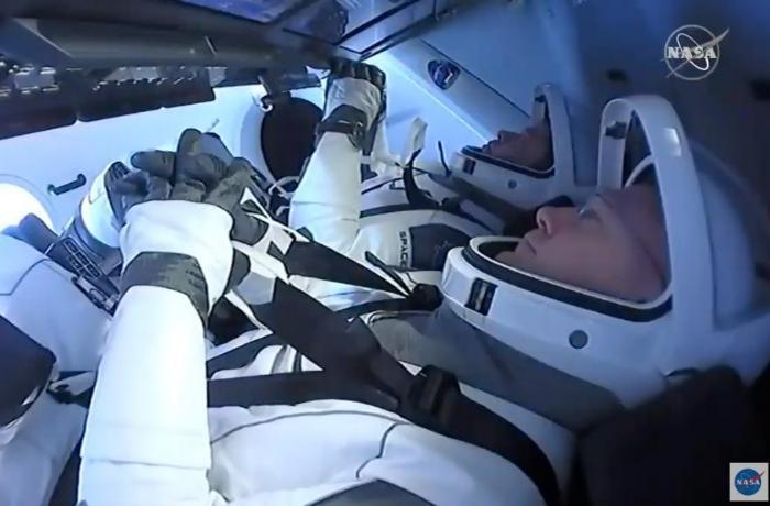 NASA-nın astronavtları kosmosdan qayıtdılar - VİDEO