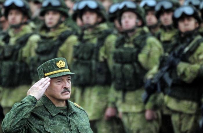 Belarusiya ordusu Rusiya ilə sərhəddə hərbi təlimlərə başladı