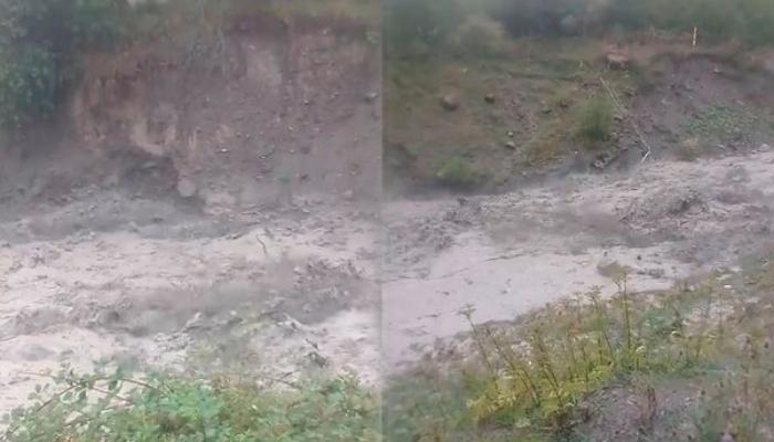 Azərbaycanın bu rayonunda sel yolları dağıtdı - VİDEO