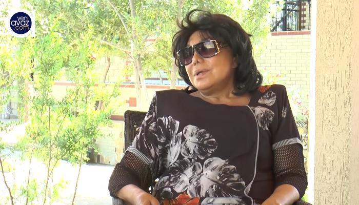 """Flora Kərimova: """"Nazir dedi ki, 10 nəfərə əməkdar və xalq artisti adı verilib, mənim xəbərim yoxdur"""" - VİDEO"""