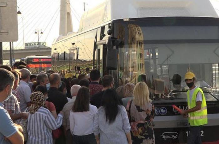 Karantin yumşaldıldı, avtobuslarda sıxlıq ikiqat artdı - VİDEO