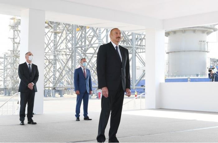 """""""Hər zaman fəxr etmişəm ki, həyatımın 9 ili Dövlət Neft Şirkətində keçib"""" – Prezident"""