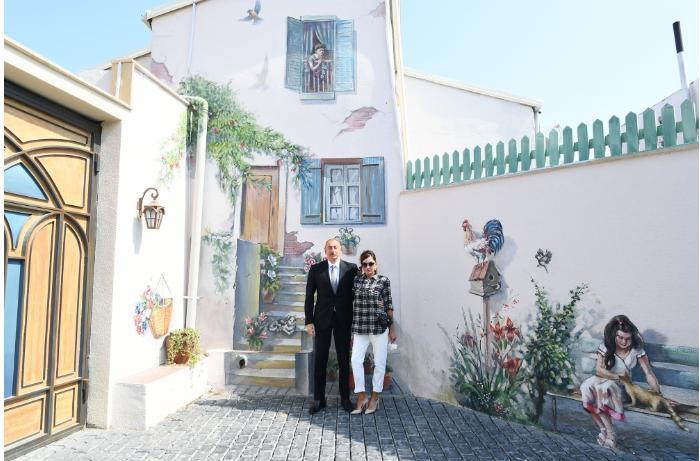 Prezident İlham Əliyev və Mehriban Əliyevanın Balaxanıdan FOTOLARI