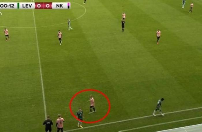 Estoniyada futbolçu 13-cü saniyədə əvəzləndi – VİDEO