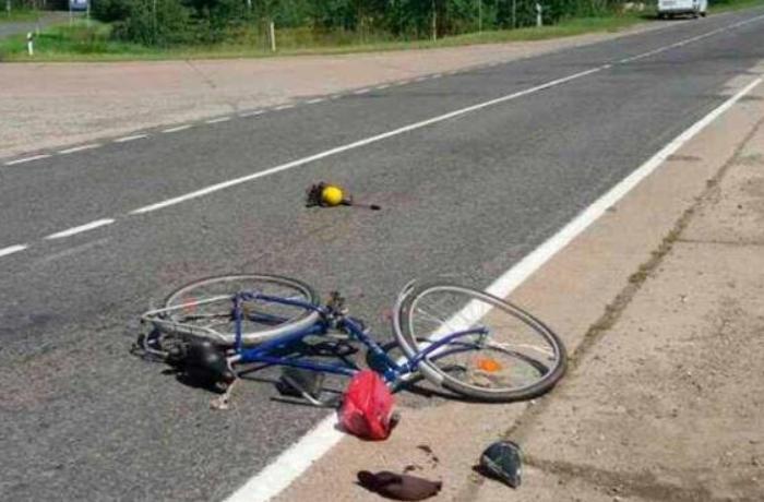 Yevlaxda avtomobil velosipedçini vurub