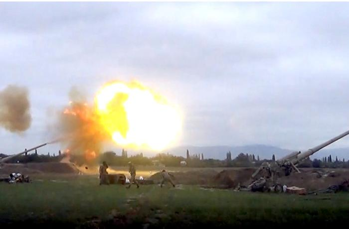 Azerbaijan Army Units deliver artillery strikes on the enemy's positions - VIDEO